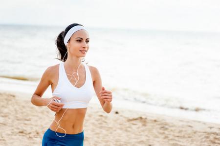 减肥运动强度要适中,要注意安全