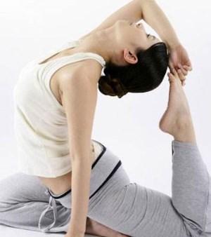 3个最减肥瑜伽动作凹凸身材不再是梦